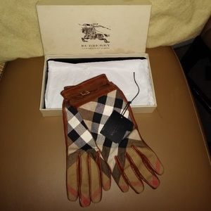 Authentic Burberry Gloves